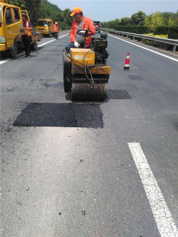 安全通畅路更美――淮安干线公路环境全面提升